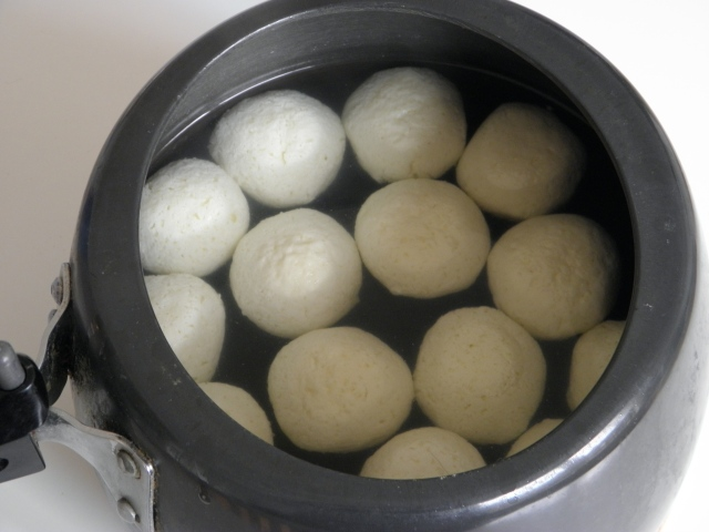 Rasgullas are ready to be served
