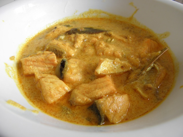 "Salmon in Bengali style, ""Doi mach"""