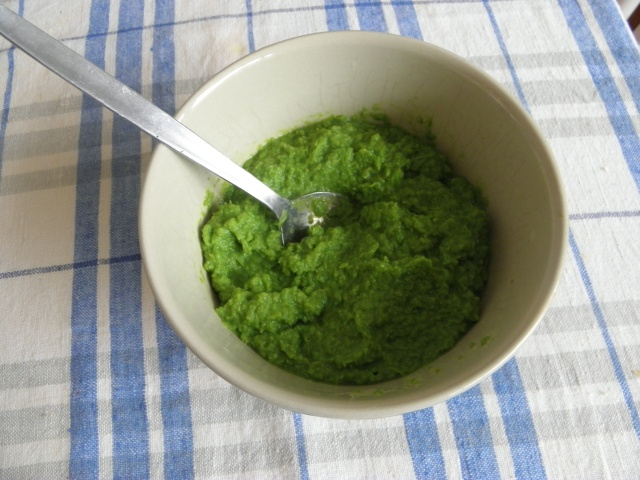 Coarse paste of Peas