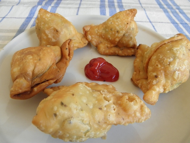 Hot Samosas are ready to serve :)