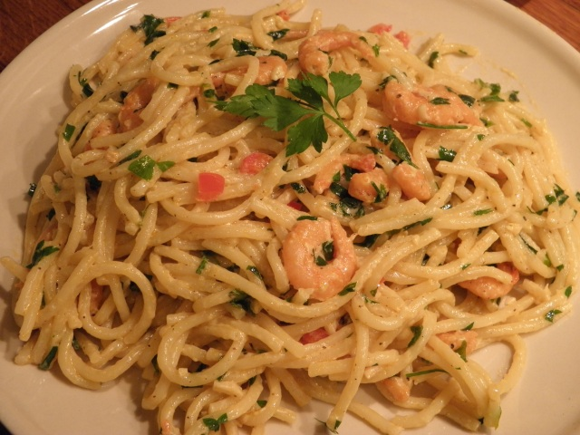 Spaghetti with Prawn & Garlic sauce