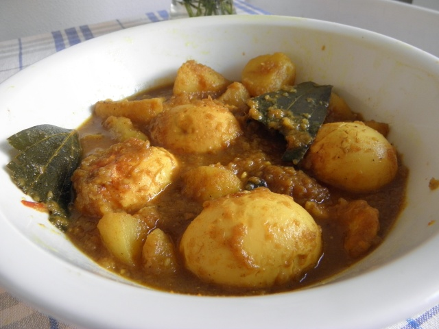 Dim Kosha or Egg Curry