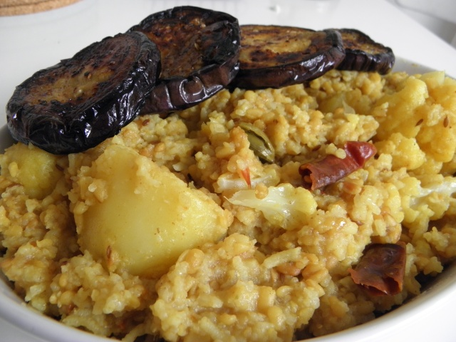 Bhoger Khichuri with Begun bhaja