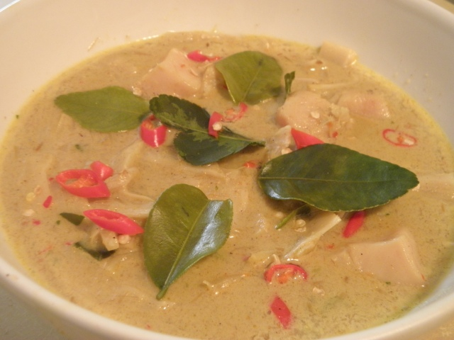 Red Chicken Curry with Bamboo Shoots