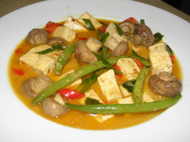 Tofu & Green Bean Red Curry