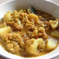Fulkopi-Alur dalna/Cauliflower & Potato curry