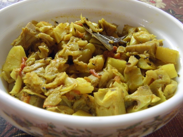 Echorer Dalna or Green Jackfruit Curry