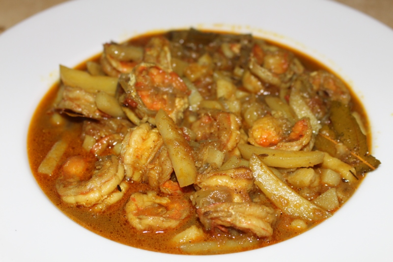 Prawn Curry with Potato & Onion