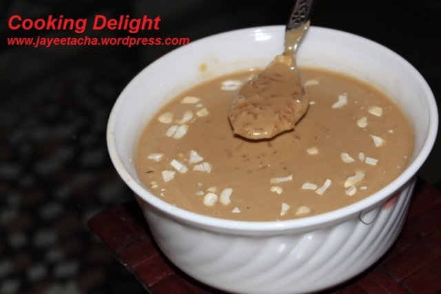 Gurer Payes or Rice Pudding with Date Palm Jaggery