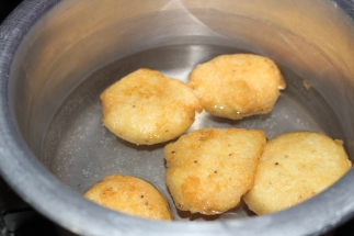Vadas soaked into warm water