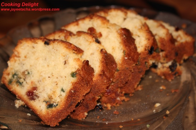 Pound Cake with Cherries, Currant and Walnut