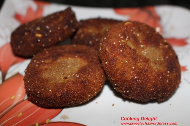 Fish Cutlets (Bengali Macher Chop)