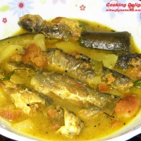 Tangra Macher Jhol/ Tangra fish in Light Gravy