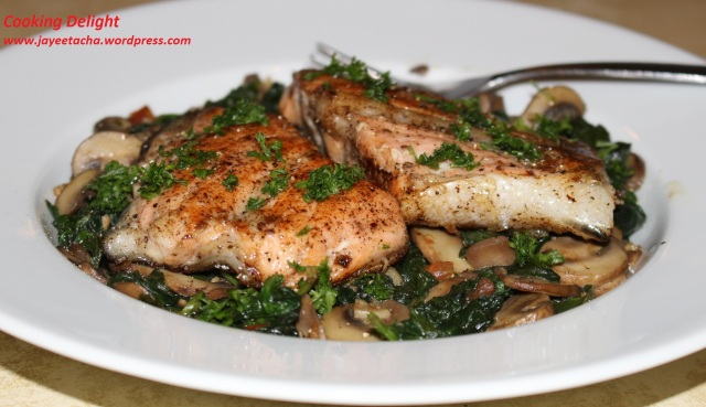 Salmon in Spinach & Mushroom bed